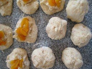 coconut apricot filling