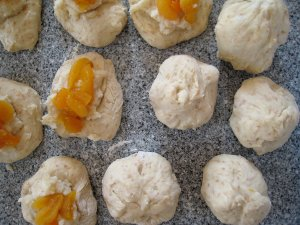 coconut apricot filling